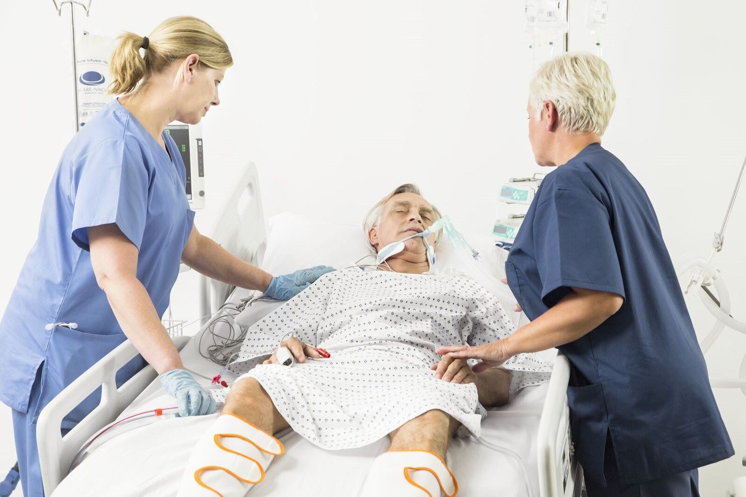 Why are ICU patients particularly vulnerable to VTE events?
